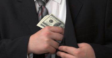 sonegar imposto de renda