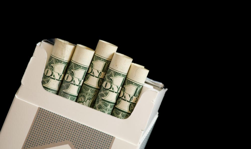 cigarro dinheiro