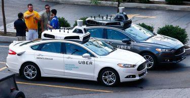 Carros autônomos da Uber se envolvem em acidentes
