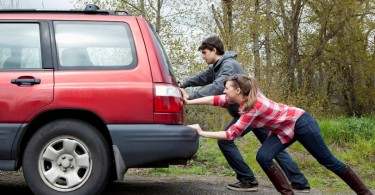 poupar conserto carro
